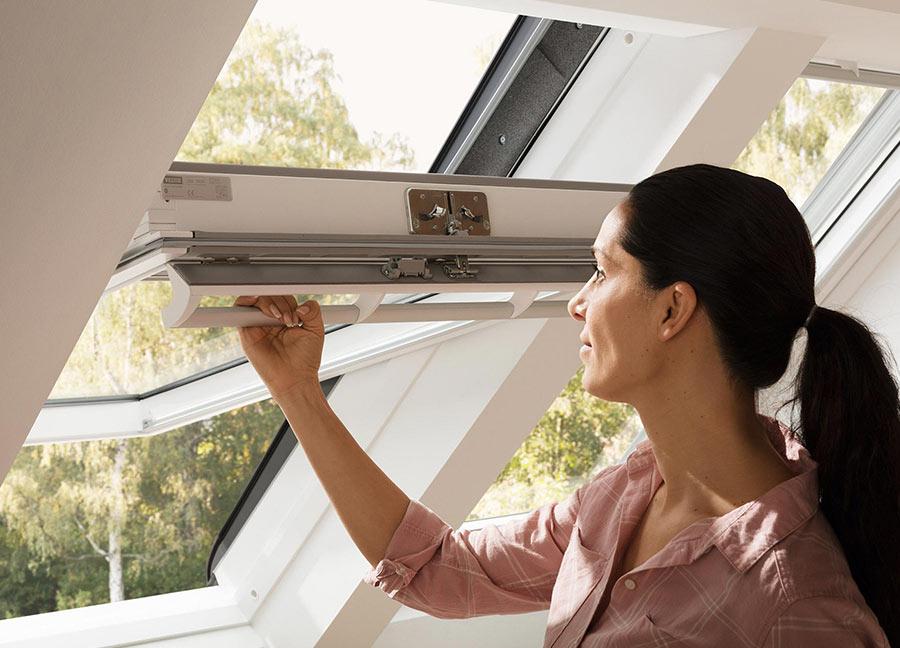 Fenêtre de toit Velux à rotation