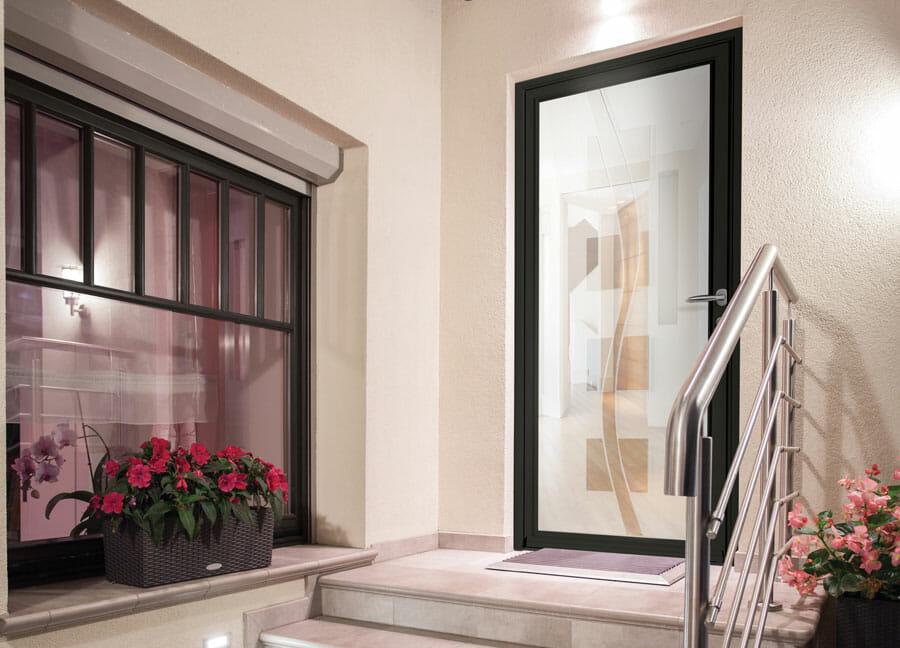 Porte PVC ligne vitrées